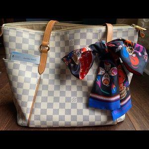 Louis Vuitton Totally MM Damier Azure